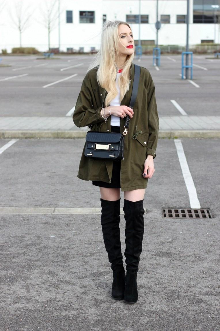 top-uk-fashion-blogger-Lurchhoundloves-unif-valfre
